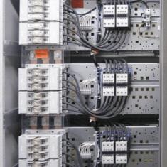 Baterie de condensatoare automata Eaton 100 kVAr 6 trepte