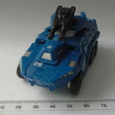 bnk jc Mattel Tomy Transformers 2009  - figurina masina blindata