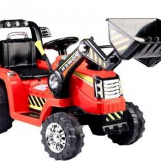Tractor electric cu telecomanda si excavator frontal, rosu