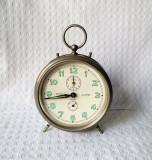 Ceas german de masa vintage, ceas vechi de colectie cu alarma - nefunctional