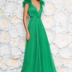 Cumpara ieftin Rochie Ana Radu verde-deschis de lux cu decolteu adanc din tul captusita pe interior cu bust buretat