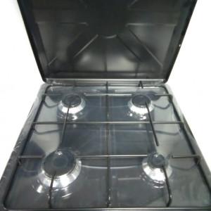 Aragaz cu 4 ochiuri 50x50 cm cu capac