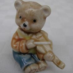 Ursulet cu vioara din portelan german - anii 1960, Decorative