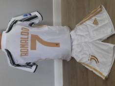Echipament fotbal pentru copii Juventus Ronaldo model nou marimea 176 foto