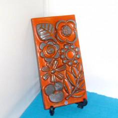 Tablou placheta ceramica basorelief -Fleur- semnata Berit Ternell, Upsala-Ekeby