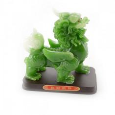 Chi Lin din praf de jad pe suport