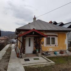 Vand casa Stirbei Voda, aproape de Vladesti, 1.500 mp teren