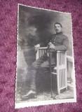 Fotografie veche militar cu sabie de infanterie SERGENT,SOLDAT,OFITER,T.GRATUIT