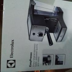 Espressor Electrolux  EasyPresso