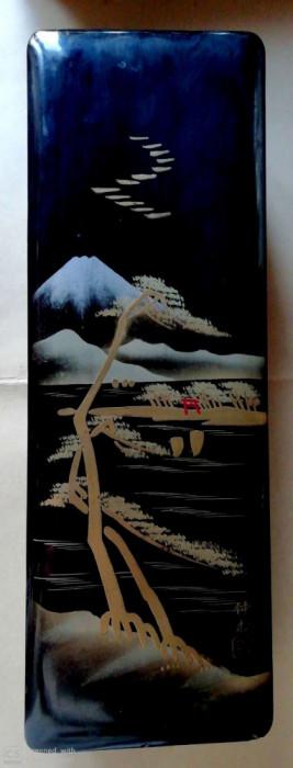 Veche Cutie pictata muntele Fuji