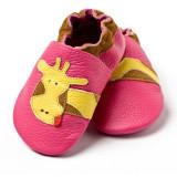 Pantofi cu talpa moale Liliputi Fuchsia Giraffe