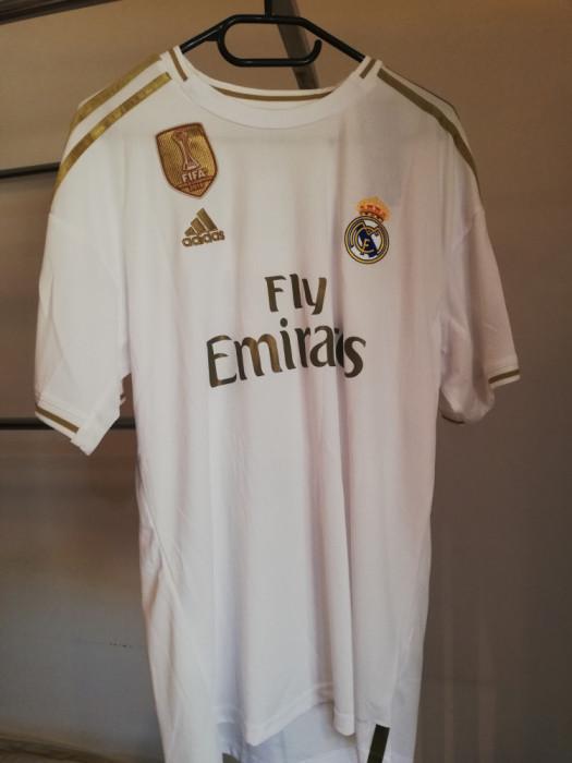 Tricouri fotbal