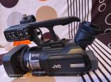 Camera video FullHD profesionala JVC HM100