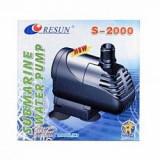 Pompă Resun S-2000, ce produce o înălțime a coloanei de apă de 200 cm, 30 W