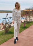 Trening dama lung crem cu hanorac si pantaloni cu bretele