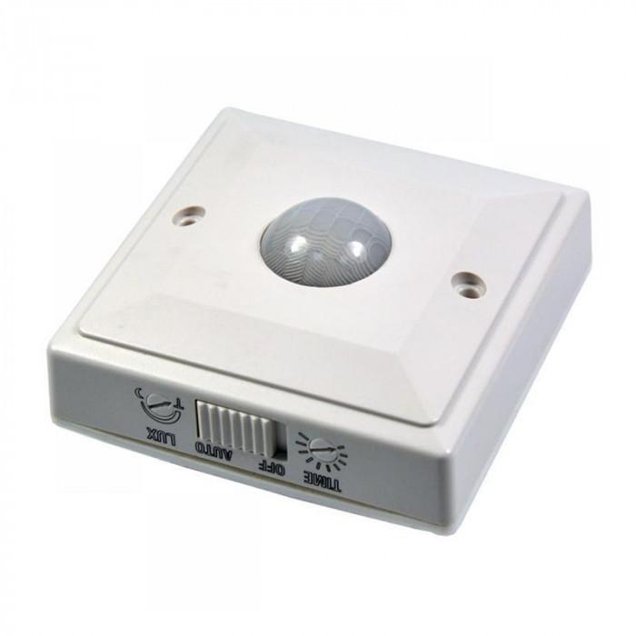 Senzor miscare pentru perete ES205, maxim 2000 W, oprire lumina automat