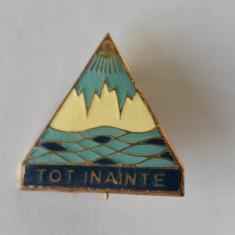 Insigna Pionier Pionieri - Tot Inainte - Pentru activitati turistice