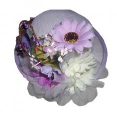 Palarie mov cu insertie de flori