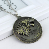 Pandantiv Medalion Lantisor Game of Thrones Winter is Coming House Stark lup