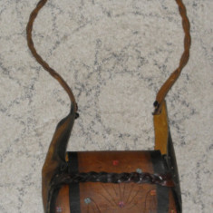 Geanta de piele vintage,deosebita dimensiuni 23x18x7 cm, Maro, Medie
