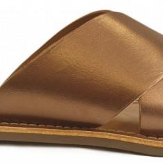 Papuci de dama din piele Kickers 700310 bronz