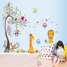 Sticker gigant de perete pentru copii Copacel si animale diverse