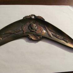 PVM - Ornament mai vechi bronz aborigeni Australia / bumerang / L = 21; l = 8 cm