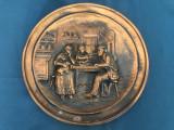 Panoplie,placheta franceza din cupru cu personaje la masa in basorelief
