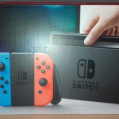 Consola Nintendo Switch (Joy-Con Neon Rosu/Albastru)+ Legend of Zelda BOTW+ Husa