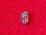 Insigna (cu talpa) fotbal - ATLETICO MADRID FC (Spania)