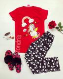Cumpara ieftin Pijama dama ieftina bumbac lunga cu pantaloni lungi bleumarin si tricou rosu cu imprimeu Unicorn Music