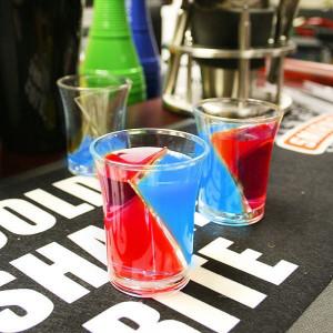 Pahare Twister – Pahare Amuzante pentru Petrecere