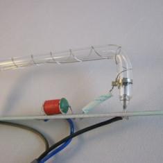 Bec stroboscopic longitudinal pentru rampa luminoasa girofar