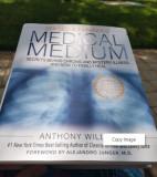 """Carte in engleza """"Medical Medium"""" by Anthony William - revizuita si adaugita"""