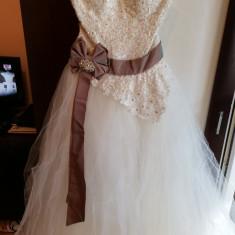 Rochie de mireasa ivory, model printesa 700 RON