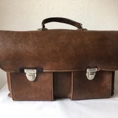 Tasca piele, geanta barbateasca veche, romaneasca, anii 70-80, 43x26x14 cm