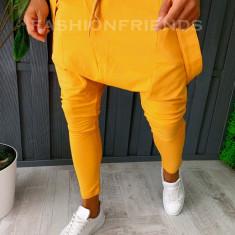 Pantaloni VAGABOND - de trening pentru barbati - slim fit - mustar - A6408