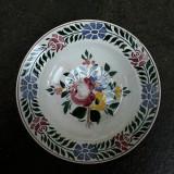 9. Farfurie Hollohaza veche din ceramica pentru agatat pe perete  24,5 cm, flori