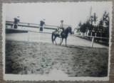 Domnisoara calare, 1940// fotografie