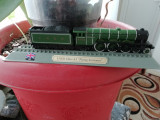 Macheta locomotiva