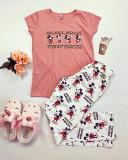 Cumpara ieftin Pijama dama ieftina din bumbac cu tricou roz si pantaloni lungi albi cu imprimeu MK Mood