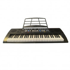 Orga electronica Miles, 61 de clape, 128 tonuri/128 ritmuri, display digital, 60 melodii demonstrative