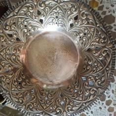 Fructiera, centru de masa din alama argintata