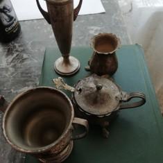 Alama. Miniaturi