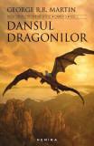 Dansul dragonilor (2 volume). Saga Cântec de gheață și foc, partea a V-a