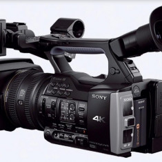 Camera video Sony® model FDR-AX1E  4k