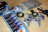 SONY PlayStation 1 MODAT cu CIP /complet /de colectie +10 CD-uri blank + 1 joc