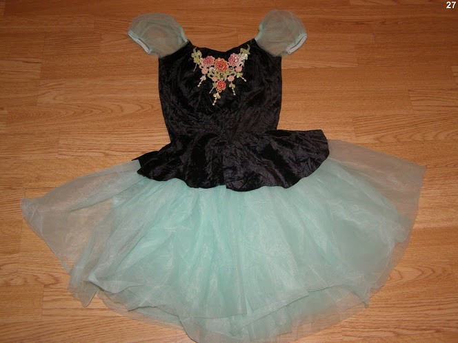 costum carnaval serbare rochie dans balet floare pentru copii de 4-5-6 ani