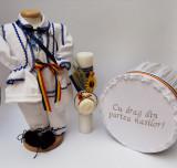 Cumpara ieftin Set Traditional Botez - Costumas baietel Cutie pentru trusou Lumanare 2