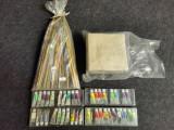 Lot obiecte vechi pentru pictura,desen. Carbune de desen, pensule,etc.